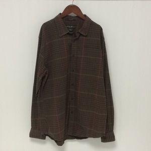 Eddie Bauer plaid button down shirt size medium